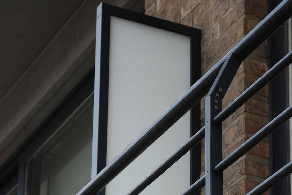 pare-vent fixe balcon tarbe